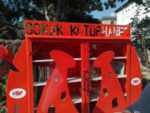 sokak küütüphanesi